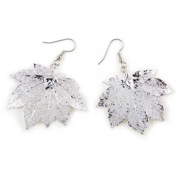 Orecchini pendenti di vere foglie di acero full moon placcate argento