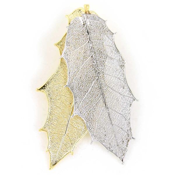 Ciondolo due toni con due vere foglie di agrifoglio placcate una oro e una argento con passante per catenina