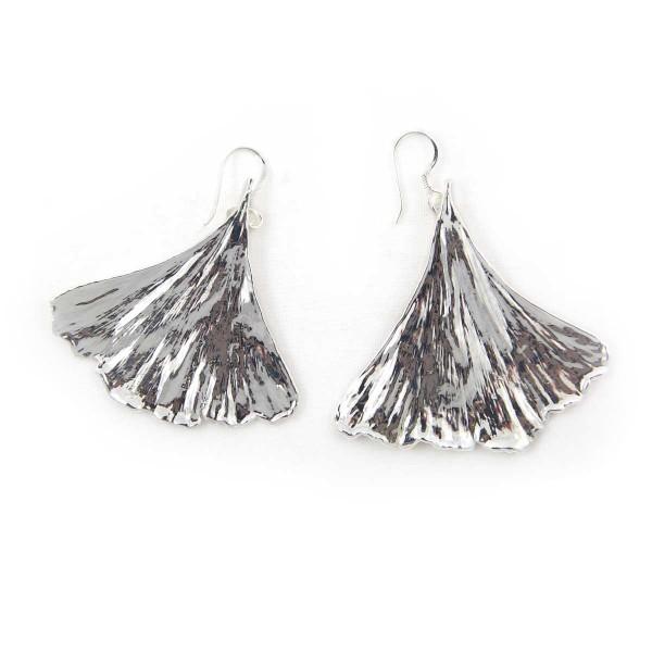 Orecchini pendenti di vere foglie di ginkgo biloba placcate argento