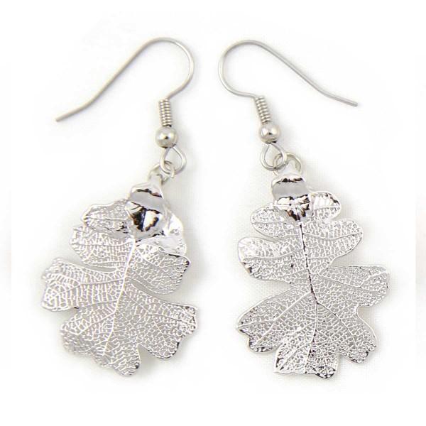 Orecchini pendenti di vere foglie di quercia placcate argento